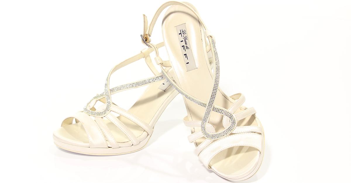 outlet in vendita scarpe eleganti varietà larghe PROPOSTA MODA DONNA: MATRIMONIO IN PUGLIA DALL'ABITO ALLE ...
