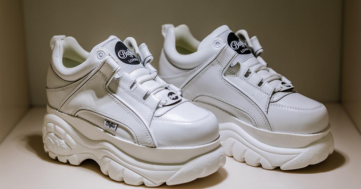 Buffalo - sneaker platform in pelle con maxi suola