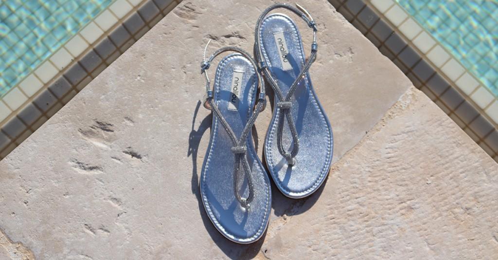 Sandalo basso infradito con swarovski