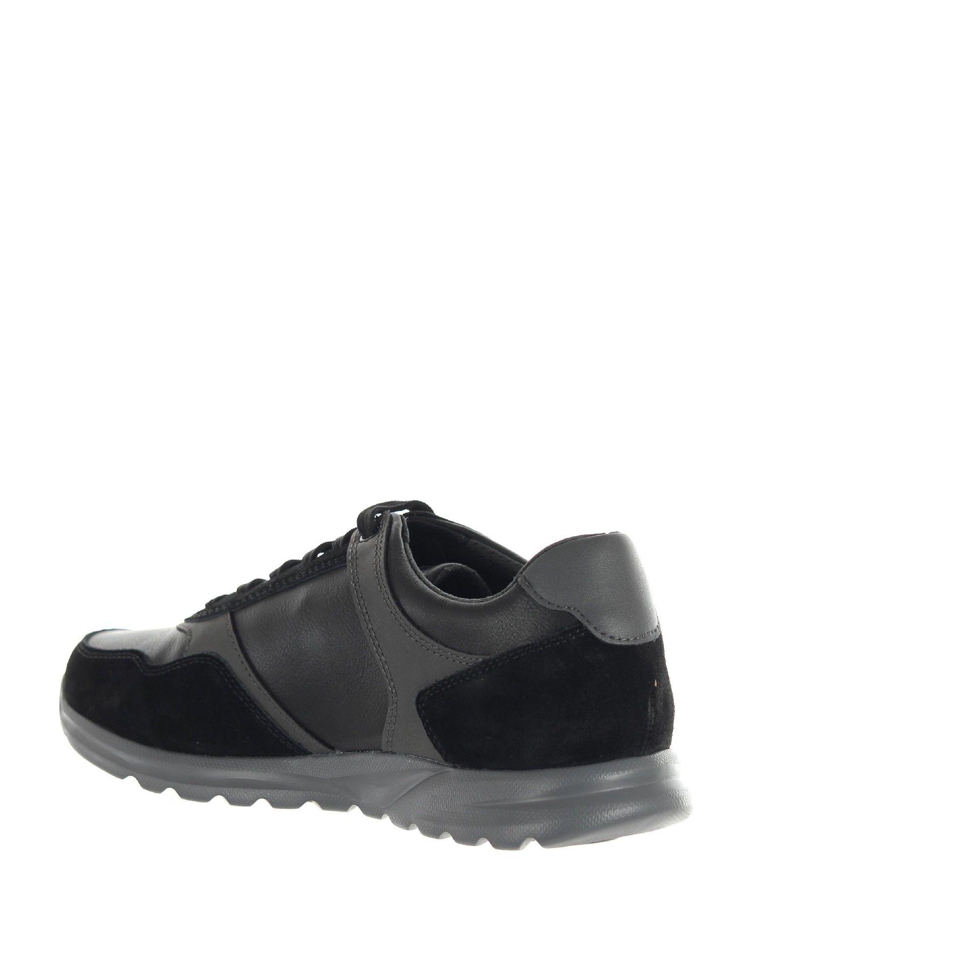 Sneaker damian a in pelle martellata