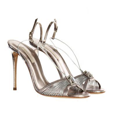 Sandalo in pelle laminata con dettaglio gioiello