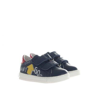 Sneaker in pelle con scritte
