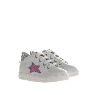 Sneaker in pelle con stella