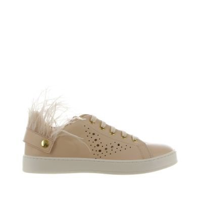 Sneaker in pelle con piume