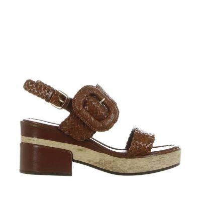 Sandalo denis in pelle intrecciata