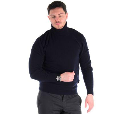 Maglione in lana a collo alto