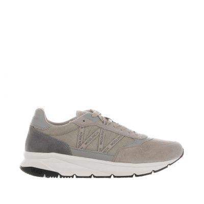 Sneaker in suede